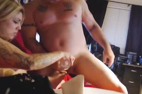 Домашний половой акт латинской жены с муженьком